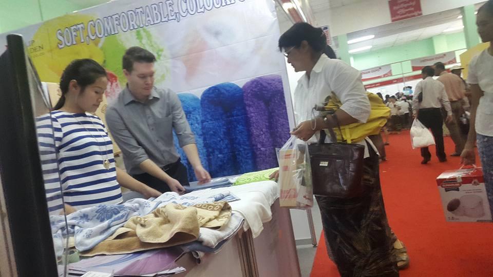 Hội chợ ở Myanmar